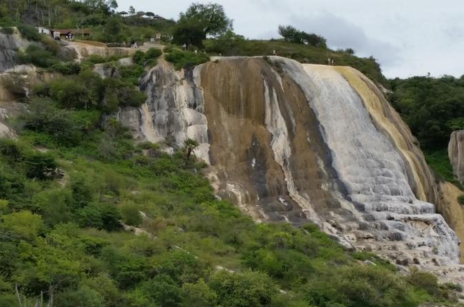 Hierve el Agua, Mezcal Tasting and Teotitlan del Valle Tour from Oaxaca