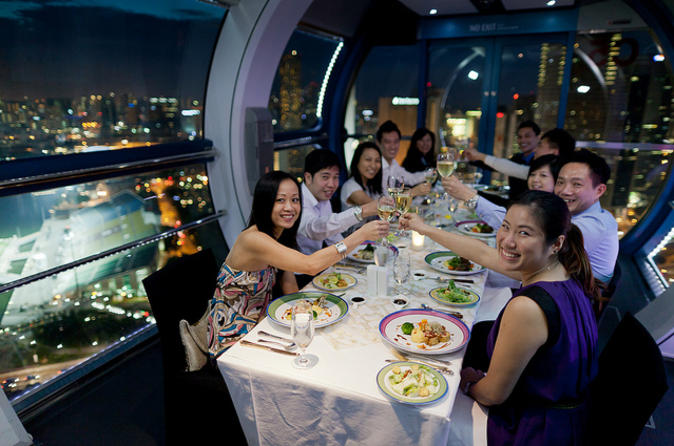 Singapore-flyer-sky-dining-in-singapore-115126