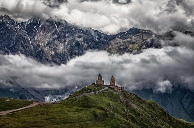 Full Day Private Tour in Kazbegi Ananuri Gergeti