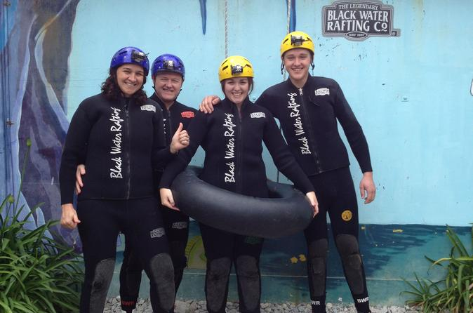 Black-water-rafting-waitomo-caves-tour-in-waitomo-136780