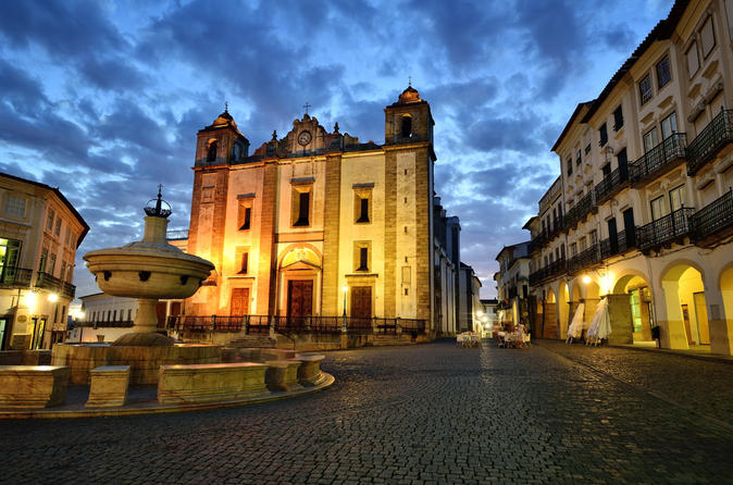Private Full-day Trip to Évora and Alentejo from Lisbon