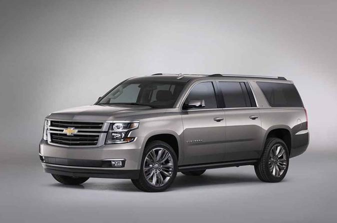 Arrival Private Transfer Chicago O'Hare Airport ORD to Chicago in an SUV