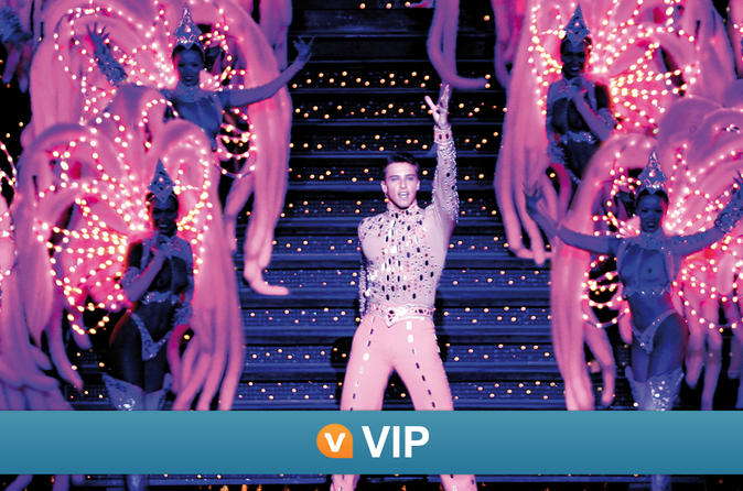 Moulin-rouge-show-vip-seating-with-champagne-in-paris-134707