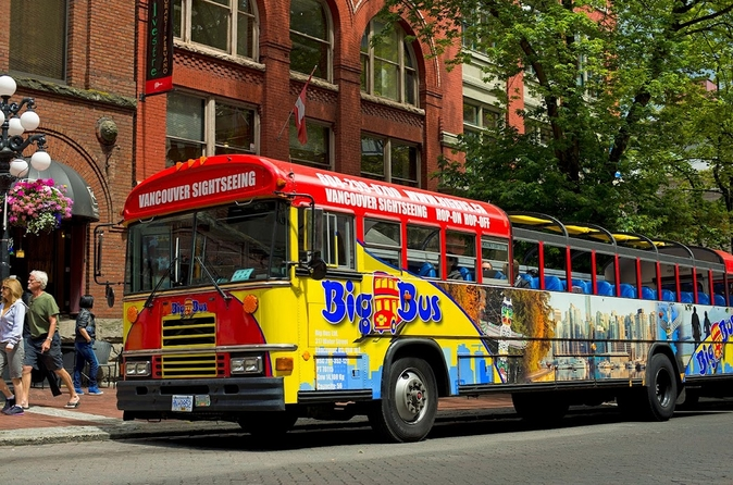 Vancouver-city-hop-on-hop-off-tour-in-vancouver-162143
