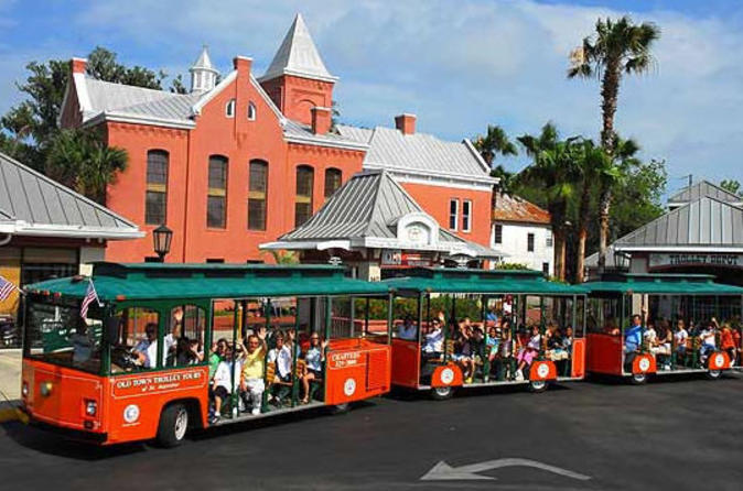 St-augustine-hop-on-hop-off-trolley-tour-in-st-augustine-41711