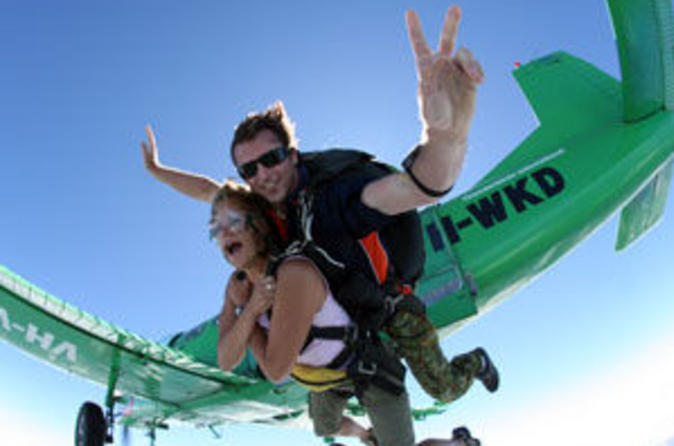 Reef-and-rainforest-tandem-sky-dive-in-cairns-in-cairns-41678