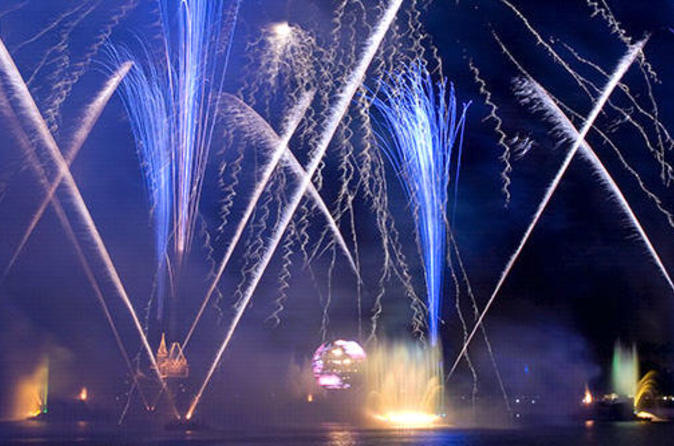 Fireworks-helicopter-tour-over-disney-s-epcot-center-in-orlando-42606