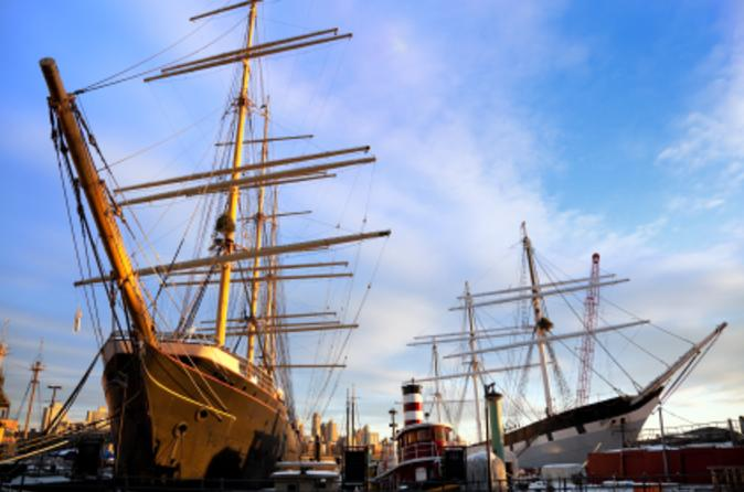 Walking-tour-of-new-york-s-historic-south-street-seaport-in-new-york-city-48272
