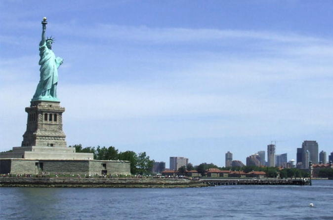 Viator Exclusive: Statue of Liberty and Ellis Island with Hard Hat Tour