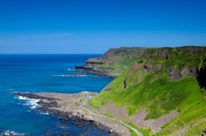 Giants Causeway Day Trip from Dublin including Belfast