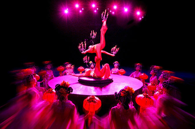 Hangzhou-night-tour-dinner-and-romance-of-the-song-dynasty-show-in-hangzhou-110176
