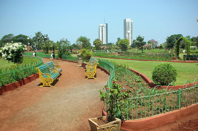 Mumbai Private Tour with Malabar Hill, Mani Bhavan, Dhobi Ghat