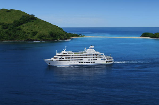 3-night-fiji-island-cruise-mamanuca-and-southern-yasawa-islands-in-nadi-112012