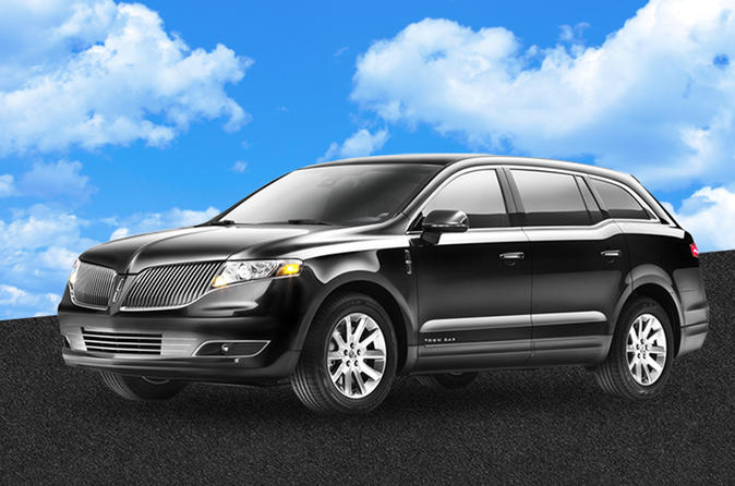 Private Departure Transfer with Sedan from Indianapolis Airport to Hotel