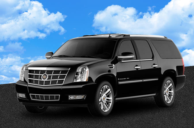 Private Departure Transfer with SUV from Indianapolis Airport to Hotel