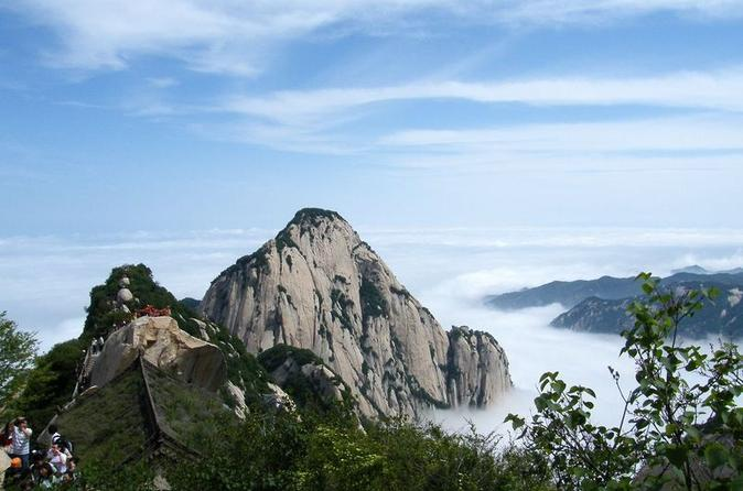2-day-private-tour-in-xi-an-terracotta-warriors-and-hua-shan-hike-in-xian-120508