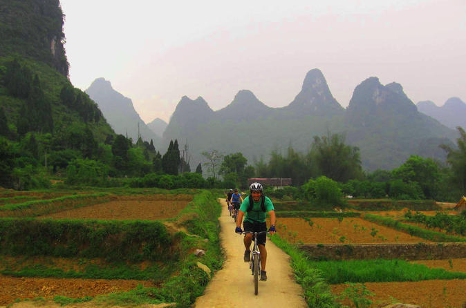 Private-bike-tour-yangshuo-countryside-adventure-with-family-option-in-yangshuo-112049