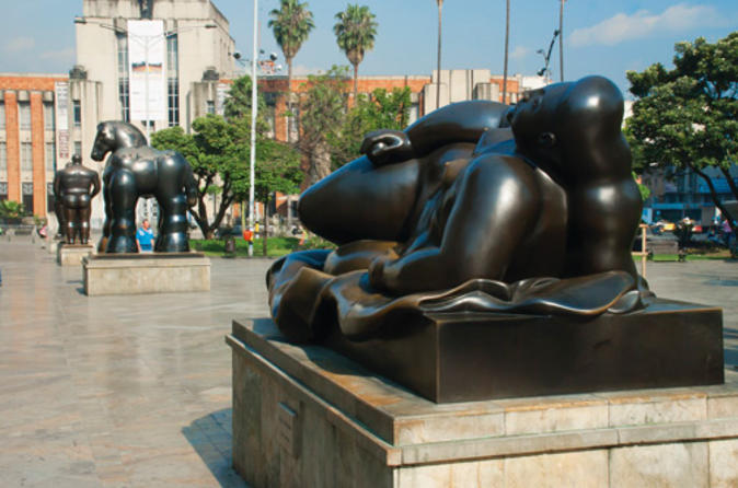 Fernando-botero-walking-tour-of-medell-n-in-medell-n-110174