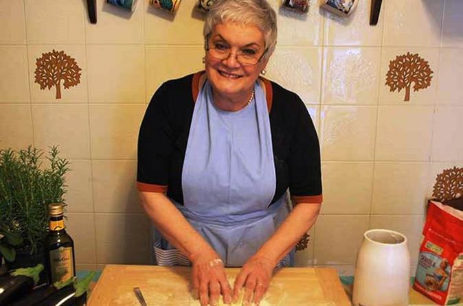 Experience-italy-cooking-class-and-dinner-with-nonna-in-rome-159345