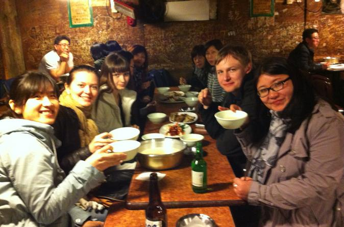 Small-group-korean-night-food-tour-in-seoul-113560