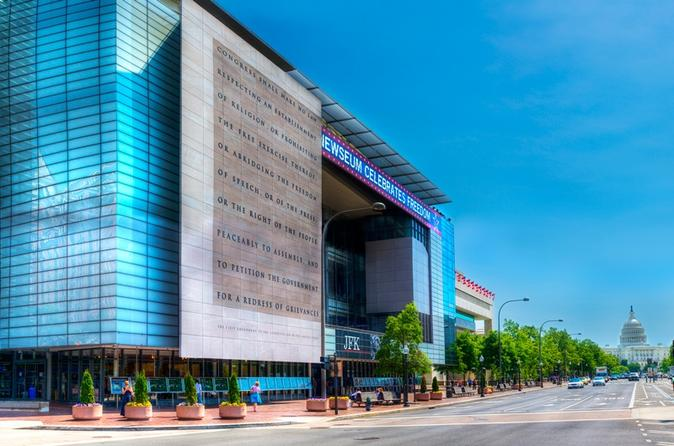 Admission-to-washington-dc-newseum-in-washington-d-c-140384