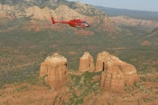 Sedona-helicopter-tour-red-rocks-and-chapel-of-the-holy-cross-in-sedona-113636