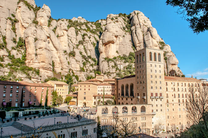 Montserrat-Tour-from-Barcelona-Including-Lunch-and-Wine-Tasting-in-Oller-del-Mas