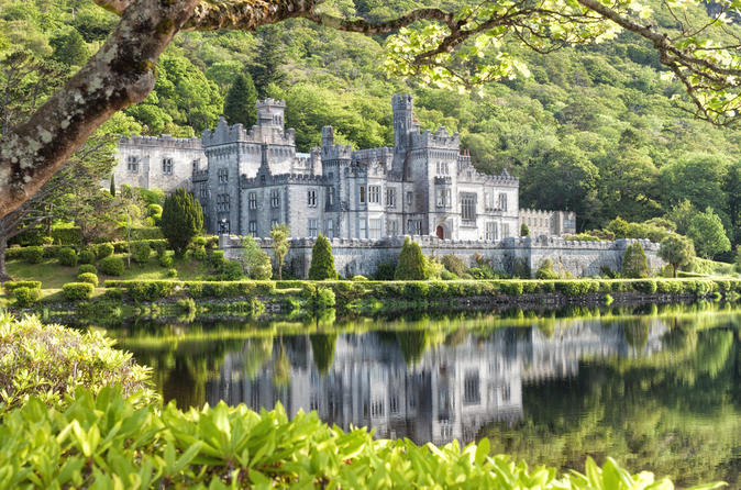 Connemara-day-trip-from-galway-kylemore-abbey-and-ross-errilly-friary-in-galway-121188