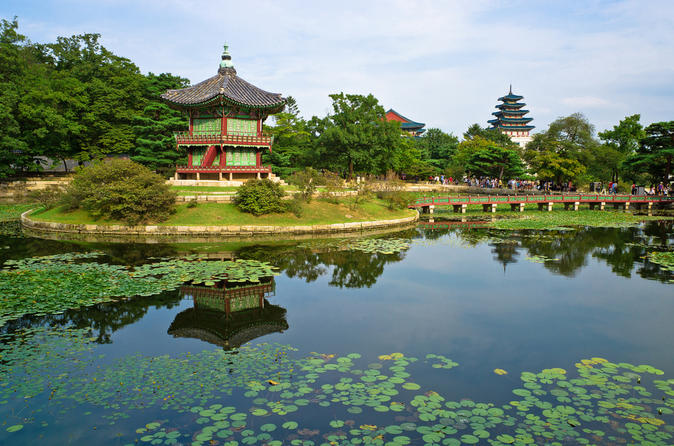 Korean-palace-and-temple-tour-in-seoul-gyeongbokgung-palace-and-in-seoul-122824