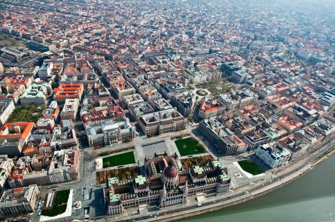 Budapest-scenic-flight-by-private-plane-in-budapest-159100