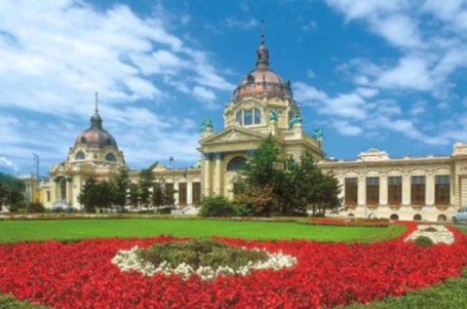 Private-entrance-to-sz-chenyi-spa-in-budapest-with-optional-massage-in-budapest-123860