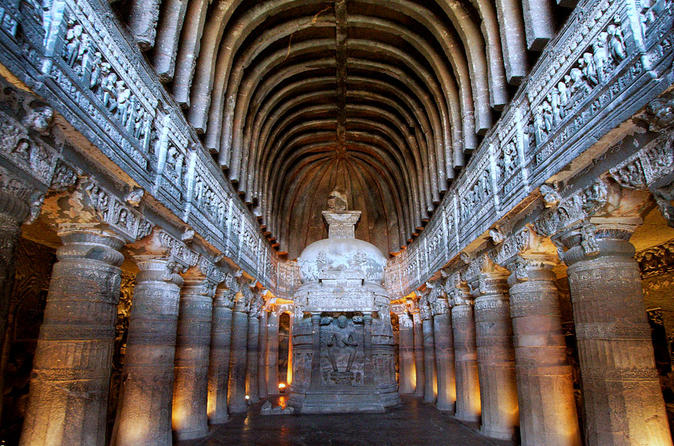 Private 3-Day Aurangabad Tour Including the Ajanta Caves and the Ellora Caves from Mumbai