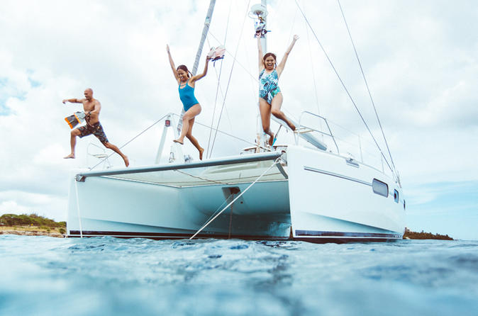 4-Hour Private Snorkel Trip from Oahu on a Yacht