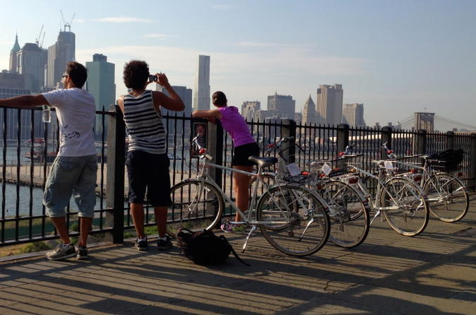 Brooklyn-highlights-bike-tour-with-east-river-ferry-ride-in-new-york-city-130573
