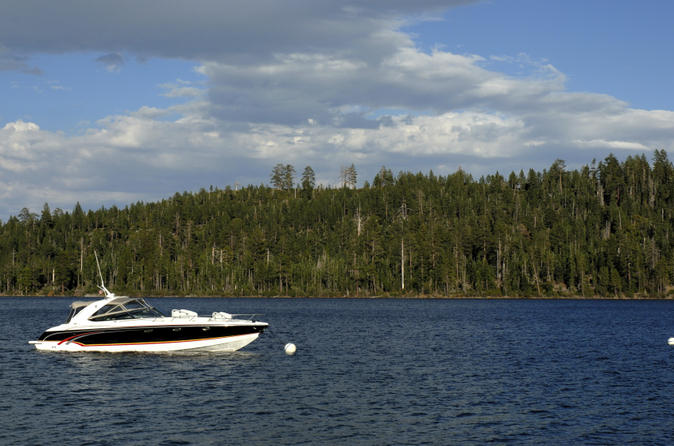 Private-tour-powerboat-cruise-on-lake-tahoe-in-south-lake-tahoe-131794