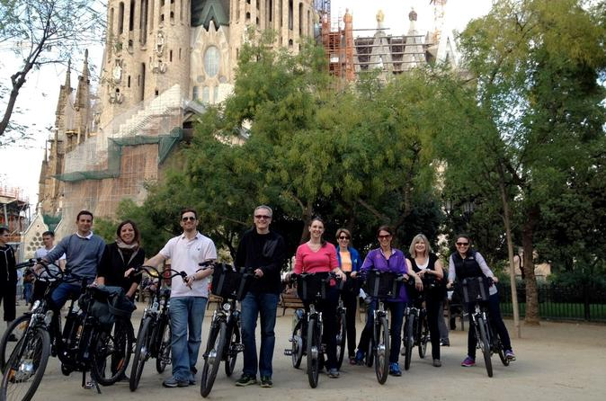 Barcelona-electric-bike-tour-including-la-sagrada-familia-in-barcelona-151916