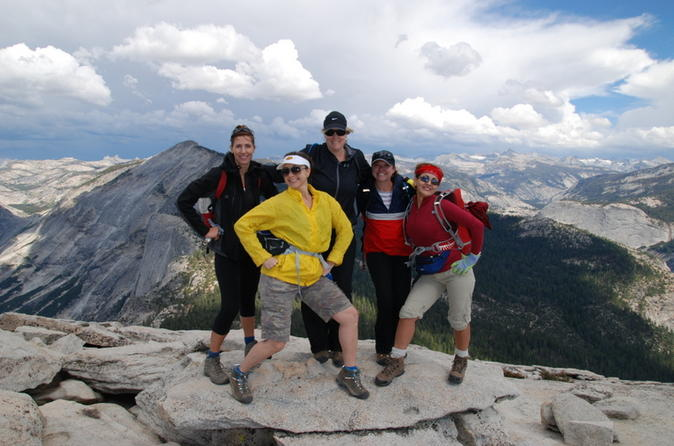 Guided-half-dome-hike-in-yosemite-145676