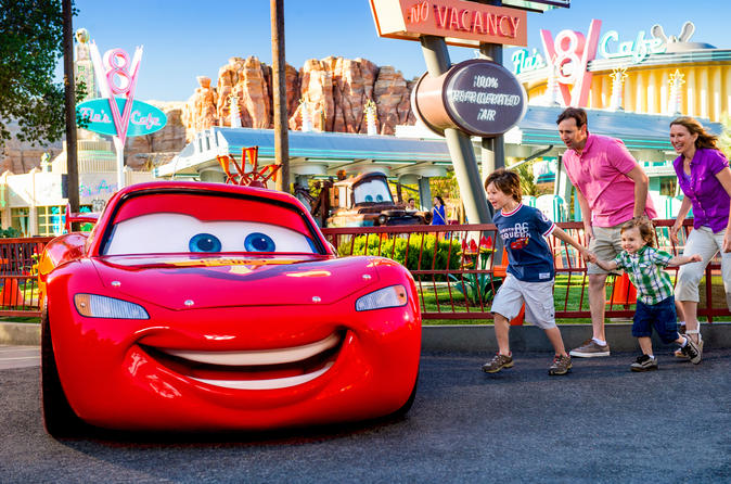 Disneyland 1-Day Admission with Transport from Los Angeles