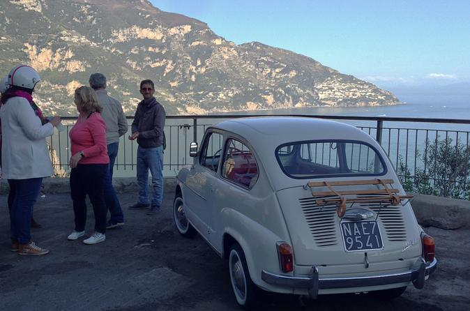 Private-tour-naples-sightseeing-by-vintage-fiat-600-in-naples-148484