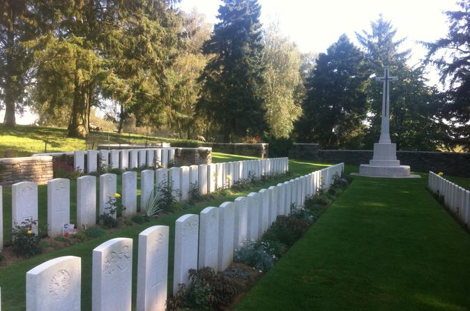 Paris to Ypres and Somme Battlefields 2-Day WWI Tour