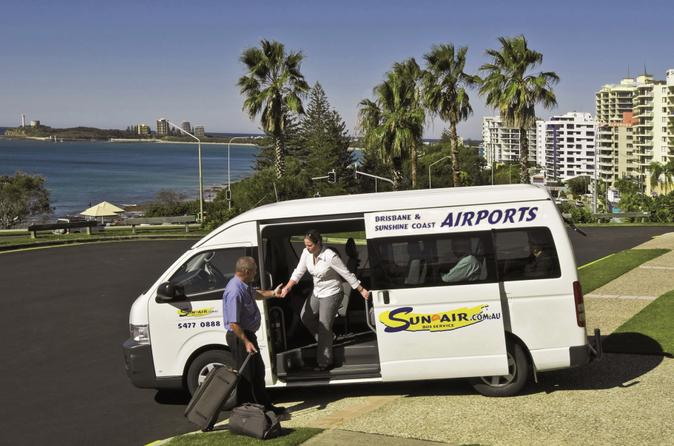 Shared-arrival-transfer-brisbane-airport-to-the-sunshine-coast-in-brisbane-147545
