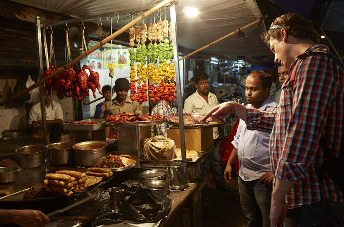 Mumbai Street Food-Tasting Evening Tour