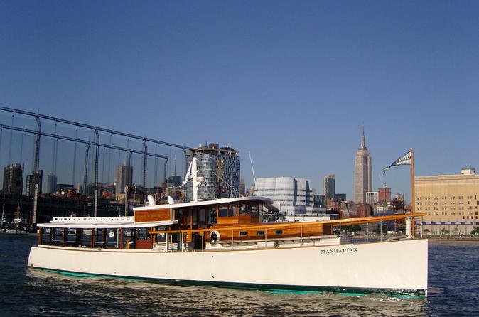 New-york-architecture-tour-aboard-1920s-style-yacht-in-new-york-city-150242