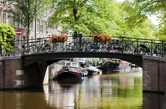Private-tour-amsterdam-city-walking-tour-in-amsterdam-150368