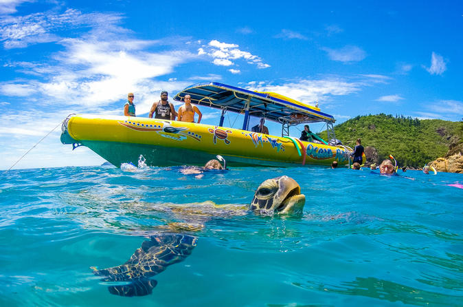 Whitehaven Beach Rafting Tour with Whitsundays Islands