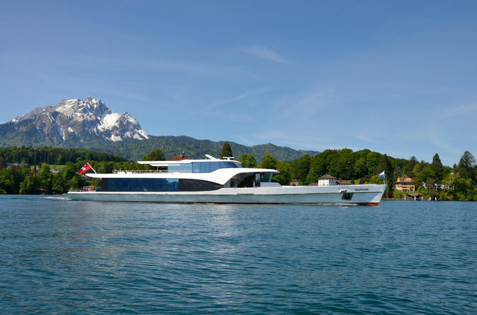 Lake-lucerne-panoramic-sightseeing-cruise-in-lucerne-152832