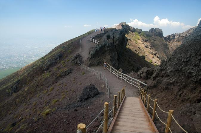 Mt Vesuvius Half-Day Tour from Sorrento