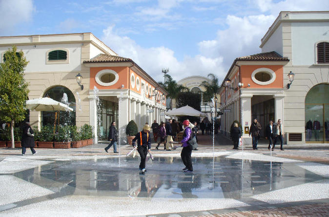 Shopping Tour at La Reggia Outlet