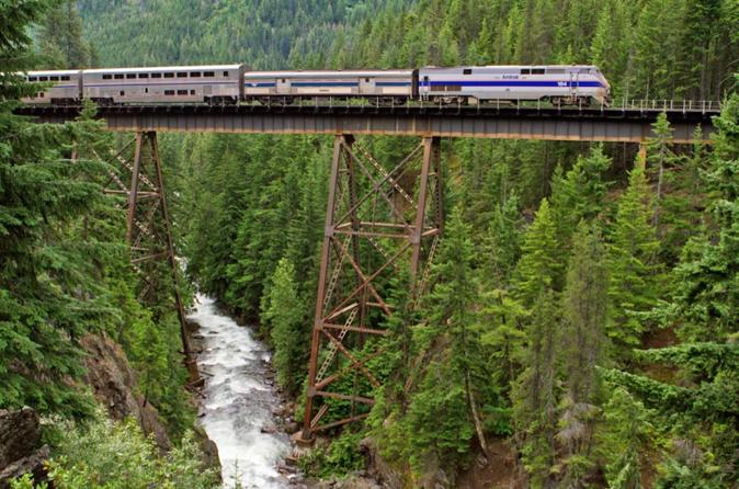 Northwest Explorer with Rail (6-nights)