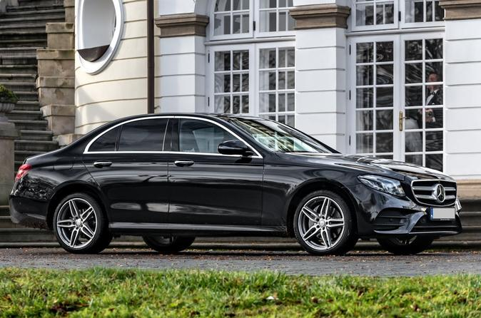Private Airport Transfer: From Gdansk Airport to Gdynia (1-3 PAX)